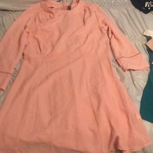 Blush colored dress with quarter sleeve from H&M